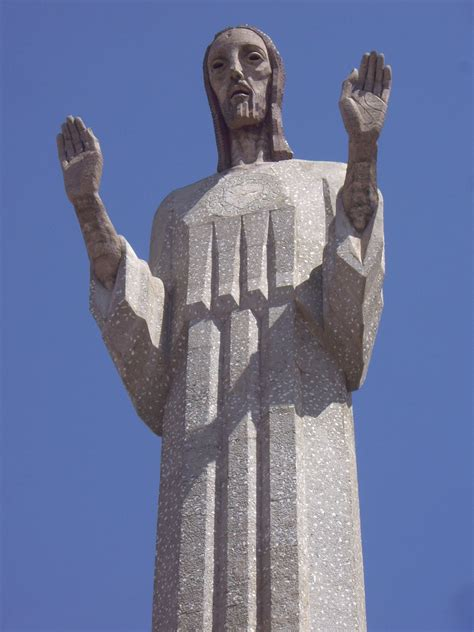 cristo del otero monumento de palencia al sagrado corazon