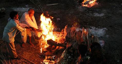 gujarati family wins  rights  light funeral pyre  jain monk   rs  crore bid