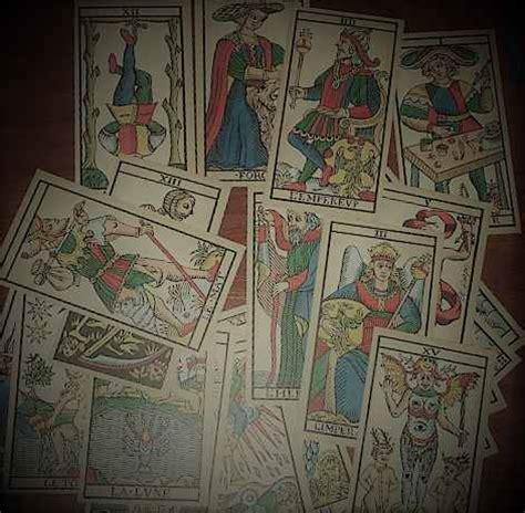 diferentes tiradas de tarot de marsella tiradas tarot gratis tarot marsella tirada de tres