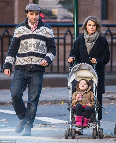 matthew rhys family keri russell and matthew rhys play happy families with her