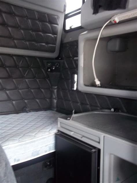 Freightliner 84 Inch Sleeper For Sale by Used 2007 Freightliner Fld Classic Xl For Sale Truck