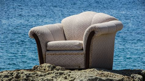 Sofa Tangan gambar pantai mebel bahan dipan lucu aneh kursi