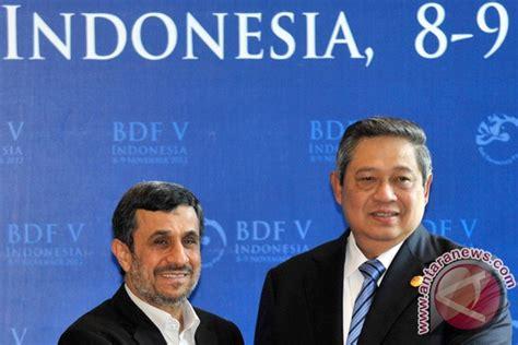 Buku Gaya Manajemen Bisnis Vs Peran Negara Kuat Dalam Mengurus Negara bali democracy forum foto antara news