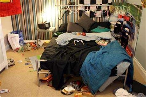 dirty things to do in the bedroom overly realistic showhomes messy teenage bedrooms to