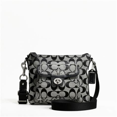 coach swing pack great offers at teria coach signature packet swingpack f45026