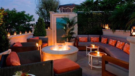 Backyard Bistro Restaurant by Roof Top Patio Beverly The Roof Garden Restaurant At The Peninsula Beverly La