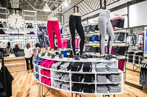 sporting goods tysons corner 1000 images about get dressed on