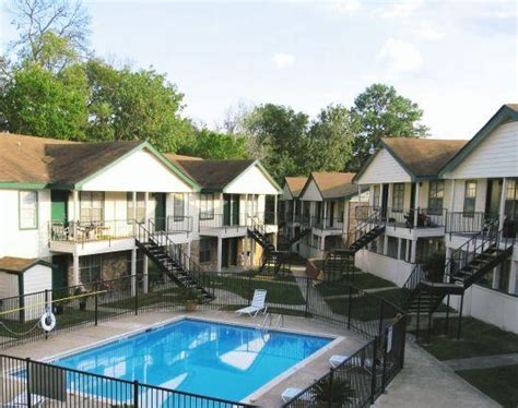 1 bedroom apartments in huntsville tx forest gate huntsville tx apartment finder