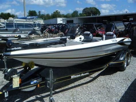 triton boats dealers alabama triton 20 boats for sale in tuscumbia alabama