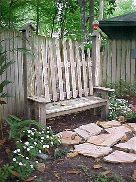 picket fence bench cute fence bench love the birdhouse posts re p u r p o