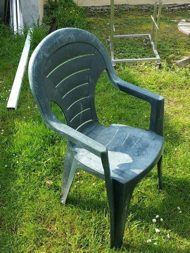 Plastic Concrete Chairs by How To Cover A Plastic Chair In Concrete Hometalk