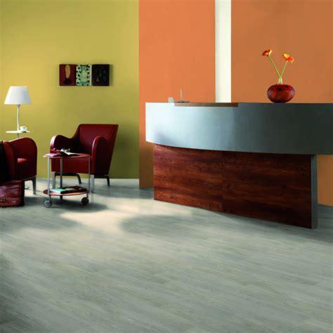 pavimento parquet laminato pavimento parquet laminato easy line tarkett 731 da 7 mm