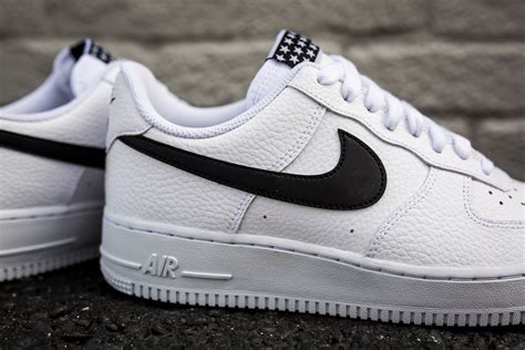 nike april  air force  delivery packer shoes