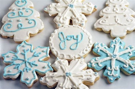 decorated christmas sugar cookies recipes to try pinterest