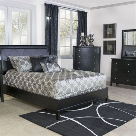aida traditional bedroom set in black silver bed 2 nightstan furniture sets image nation