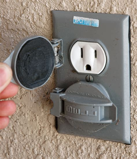 backyard outlet file american outdoor electrical outlet jpg wikimedia commons