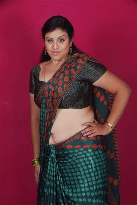 hot character artists uma telugu character artist in saree latest stillsmp3