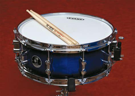 imagenes de instrumentos musicales membranofonos caja instrumento musical wikipedia la enciclopedia libre