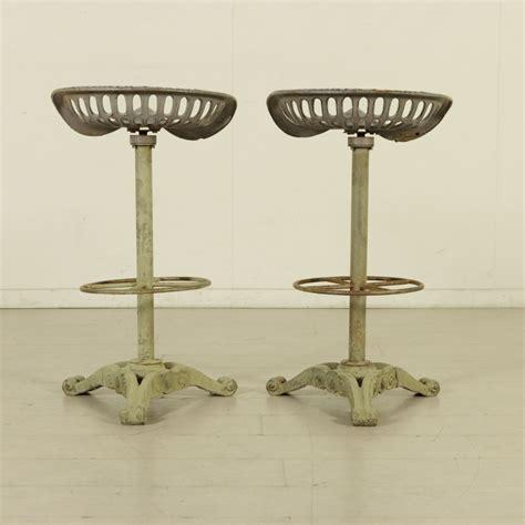 coppia sgabelli coppia di sgabelli in ferro liberty bottega 900