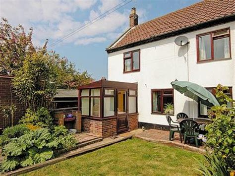 Self Catering Cottages Norfolk Broads by Cottage Self Catering Winterton On Sea Cottages