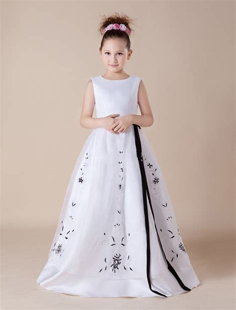 embroidery black  white holy communion dress long