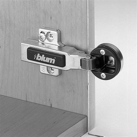 94 176 on glass door hinge self closing richelieu