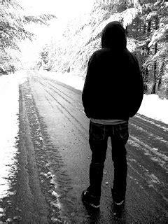 gambar gambar cowok yang kesepian sendiri