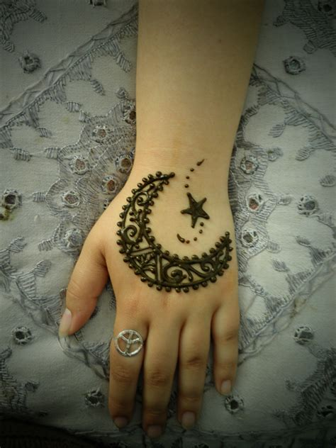 indian wedding henna tattoos meaning indian henna designs unfold deeper meanings