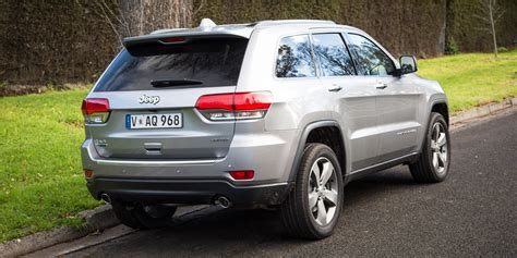 volkswagen jeep 2016 jeep grand cherokee limited v volkswagen touareg