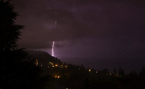 seattle lightning map 2 500 lightning strikes yesterday check out photos from