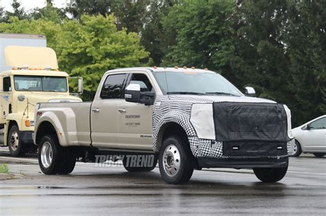 new ford 2018 f 450 new 2018 ford raptor and 2019 ford f 450 spied in dearborn