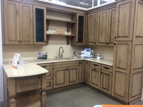 kraftmaid green cabinets best 25 kraftmaid cabinets ideas on gray and