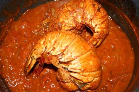 cuisiner langouste recette de queue de langouste 224 l armoricaine la recette
