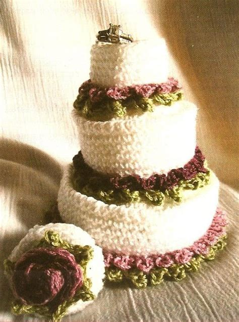 Wedding Cake Patterns by 15 Crochet Wedding Favors To Give Your Diy Wedding Guests