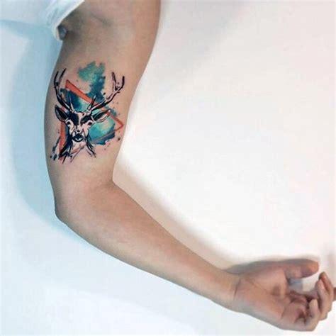 easy tattoo colors to remove kleines einfaches farbiges geometrisches tattoo mit hirsch