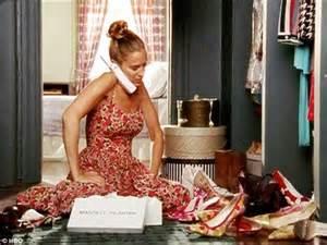 Carrie Bradshaw Closet by Loses A Fashion Shoe War Against Paz