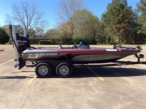 nitro bass boats gear used 2015 nitro z7 bass boat detail classifieds