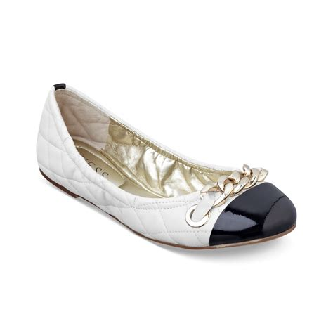 guess flat shoes lyst guess womens shoes fetoni quilted ballet flats in white