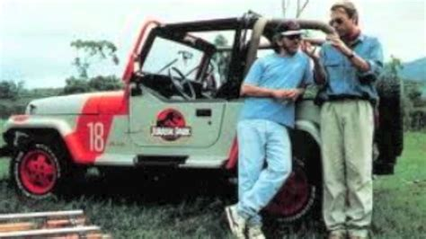 jurassic world jeep the rise of the jurassic jeep wranglers youtube