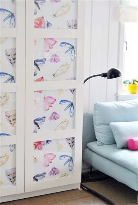 wallpaper closet wallpaper closet doors kids pinterest