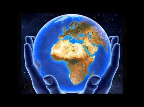 imagenes extrañas en el mundo el mundo entre las manos nico youtube