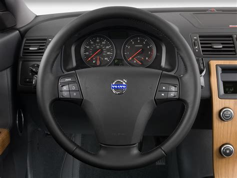 volvo steering wheel 2010 volvo s40 reviews and rating motor trend
