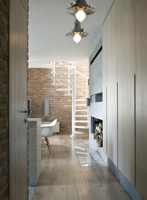 Armchair Ikea ściana Z Cegły W Przedpokoju Architektura Wnętrza
