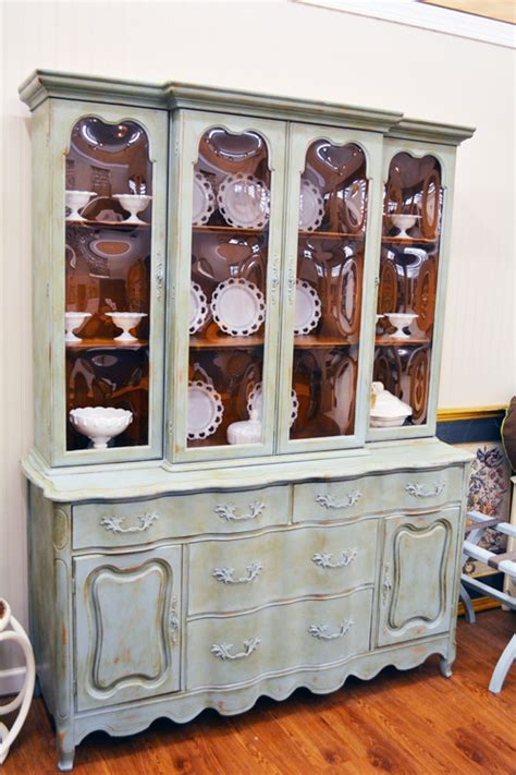 chalk painted china cabinet chalk painted china cabinets roselawnlutheran