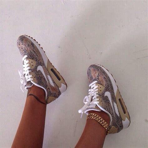Nike Air Max 90 Snake Olahraga Runing Pria Kerja Kets Is 763 shoes snake print snake shoes air max print nike