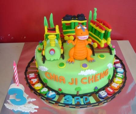 yochanas cake delight dinosaur train