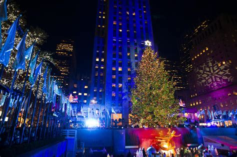 kerstboom rockefeller center new york verlicht 2013