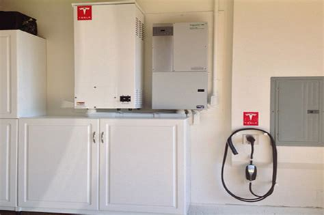 Tesla Energy Storage Panasonic To Invest 1 6b In Tesla S Gigafactory