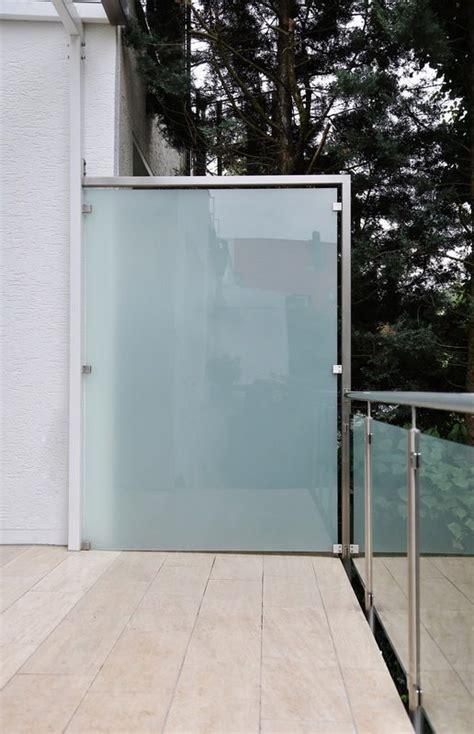Balkon Sichtschutz Aus Glas by Windschutz Und Sichtschutz Aus Edelstahl Und Sicherheits Glas