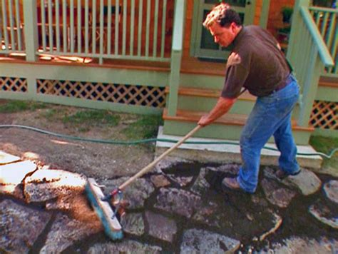 how to lay flagstone patio how to lay a flagstone patio